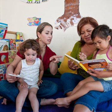 s3reading with kids